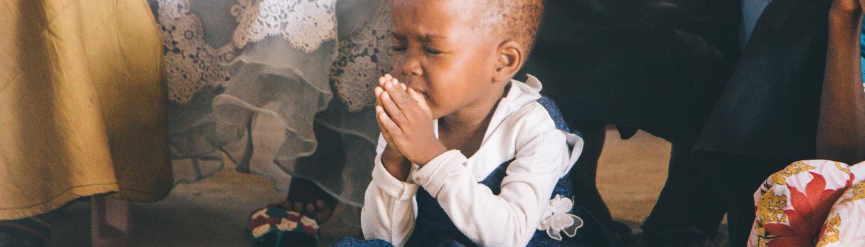 photo-of-child-praying-2927676-1500x430.jpg